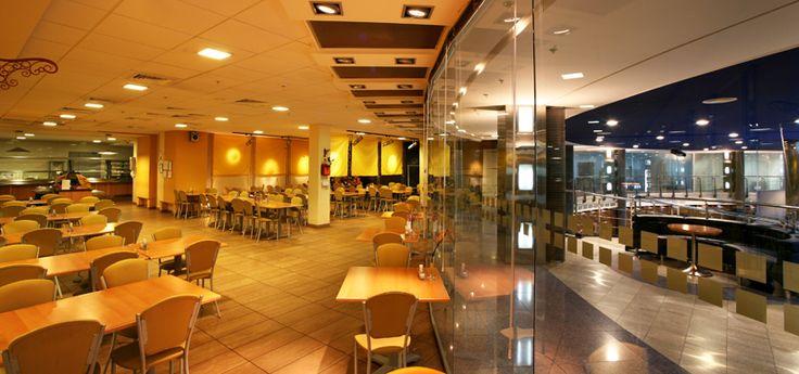 Интерьер кафе бизнес-парк на Ордынке © Путята Александр