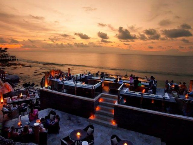 Check out the best Bali sunset bars to visit - beachside bars, clubs and restaurants for the ultimate sundowner drinking, dining and chillaxed vibes.
