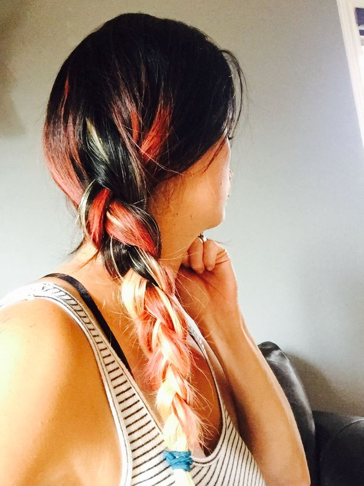 """Natural black and pink hair + 22"""" blond hair 100% human extensions   Absolutely amazing   https://m.facebook.com/luxebeauteaccessoires/?ref=bookmarks"""