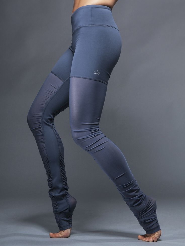 Dare to bare (just a little bit of skin) in these beloved mesh leggings by Alo Yoga. No pinching or digging here, just a breathable and insanely flattering fit that'll keep up with you and your many moves.