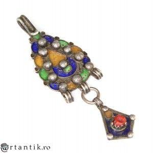 veche amuleta tribala Kabyle. argint emailat