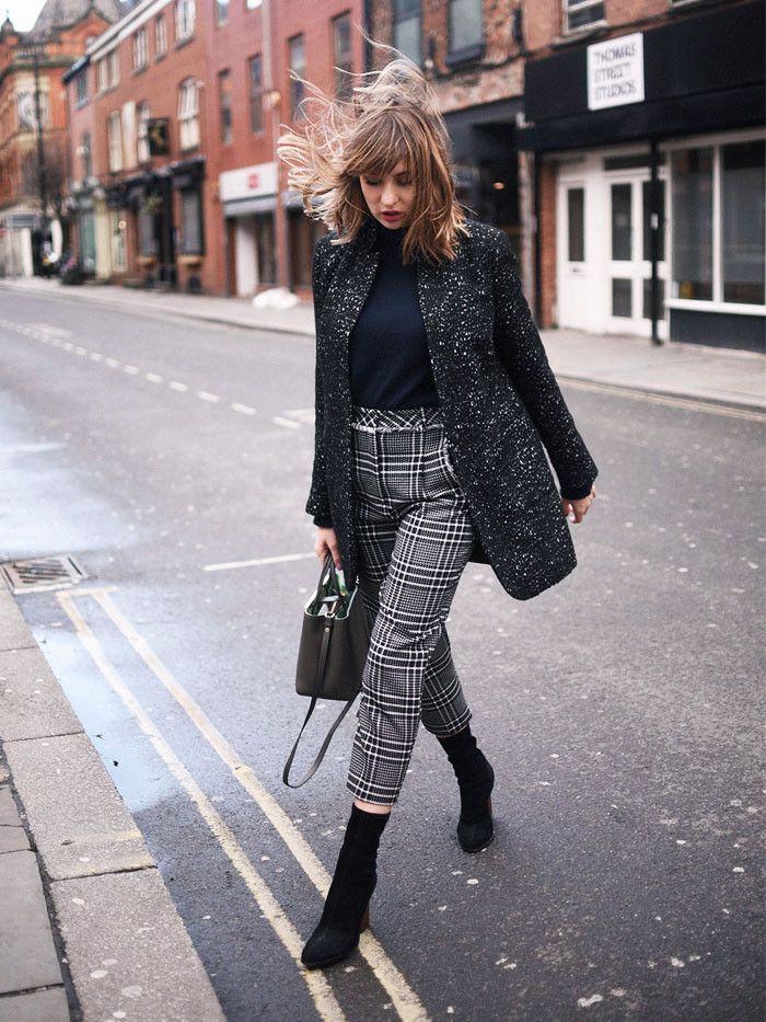 Where to shop in Manchester and the secrets to Manchester style according to fashion blogger Lizzy Hadfield.