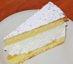 Käsesahne ohne Gelatine  Zutaten      6 Ei(er)     180 g Zucker     100 g Mehl     100 g Speisestärke     750 g Quark     4 Becher Sahne     3 Pck. Vanillezucker     Zucker, nach Geschmack