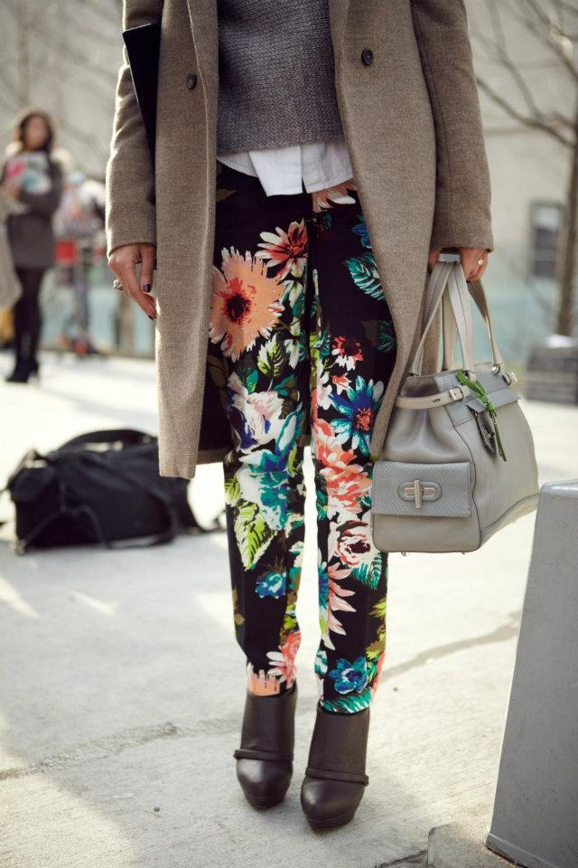Shop the trend: http://ow.ly/92reV: Fall Floral, Colors Pants, Prints Pants, Floral Trousers, Fashion Style, Flowers Jeans, Breath Fashion, Fashion Inspiration, Floral Pants
