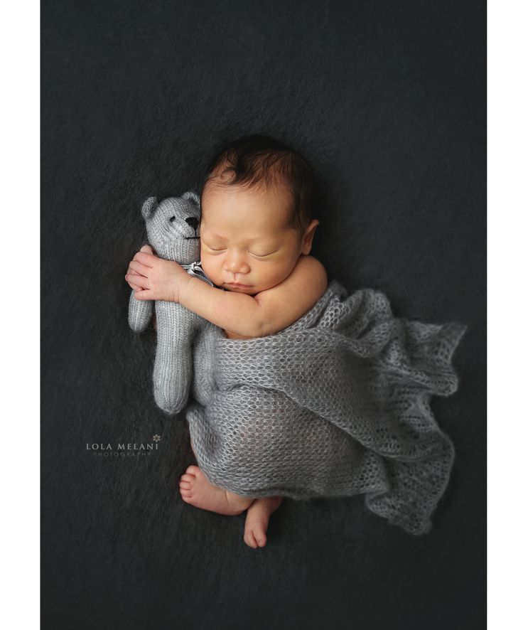 Newborn photography in nyc newborn baby hugging teddy bear newborn baby photos ideas