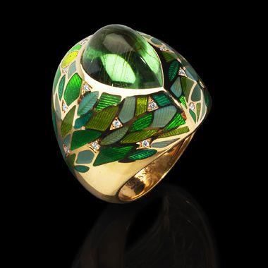 Yellow gold 750, Green tourmaline  8,24 ct., Diamonds, Enamel Item no: R0261-1/1