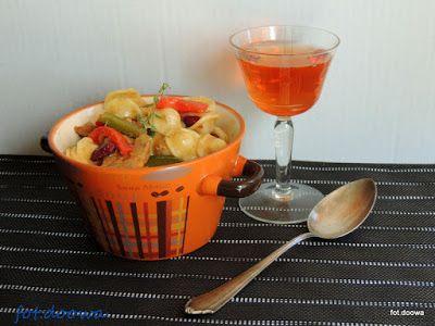 Moje Małe Czarowanie: Orecchiette z sosem piwnym, fasolą i papryką