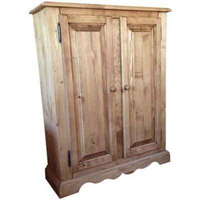 Lingère 2 portes pour habiller la chambre et donner de la chaleur à votre intérieur. #wardrobe in #wood - En vente sur le coin montagne