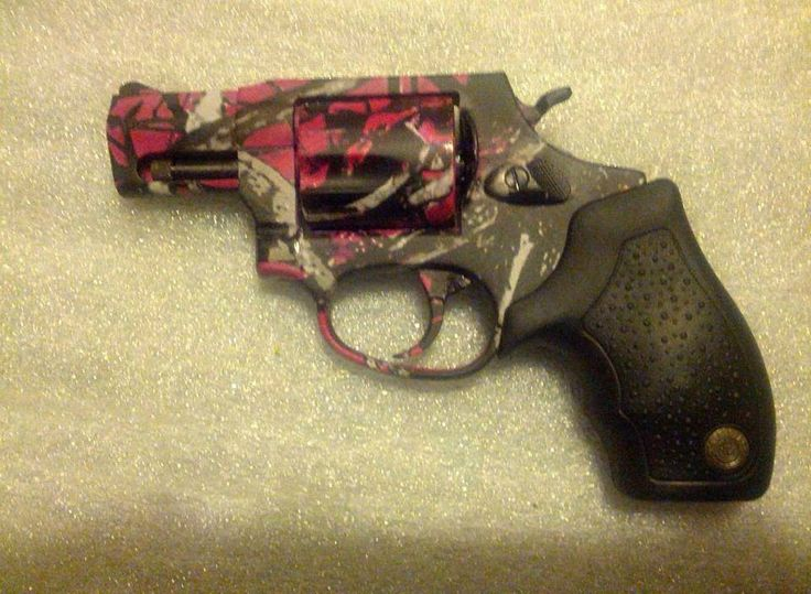 Girls gun.think I need to make a board for guns.. I love ...