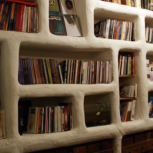 Built-in cob bookcase | Ri Ra 3