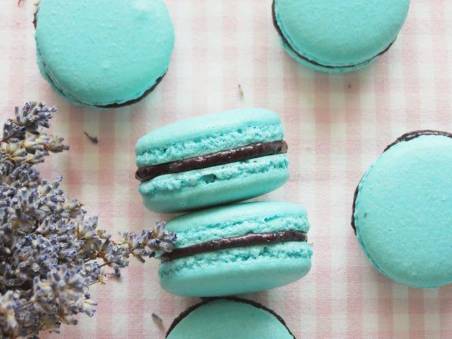 Вкусная выпечка: Macarons