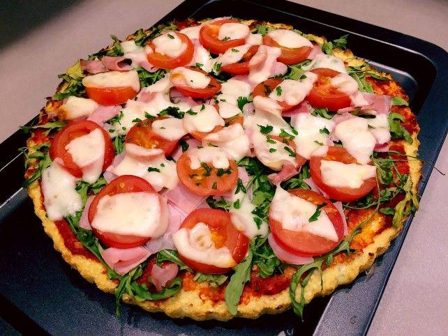 Sonkás-sajtos rukkolás karfiolpizza Recept képpel - Mindmegette.hu - Receptek
