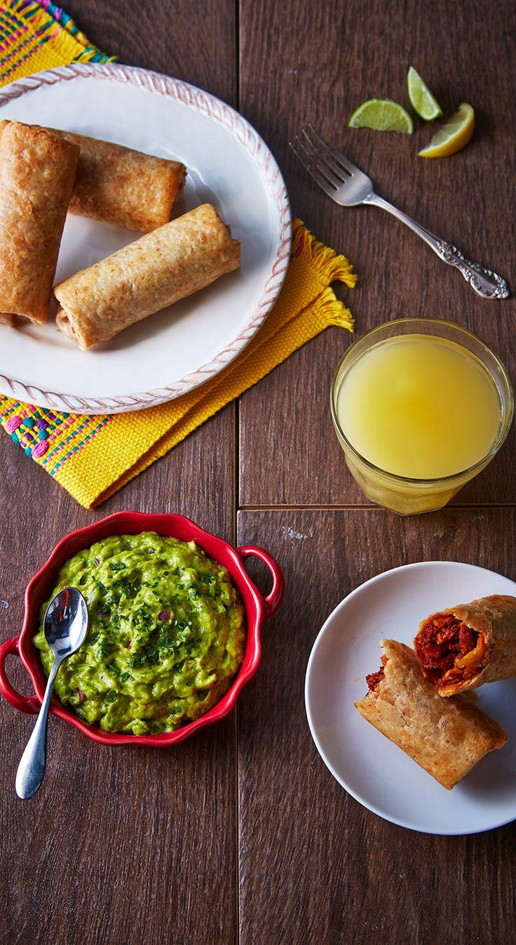 Chimichangas de chilorio con guacamole
