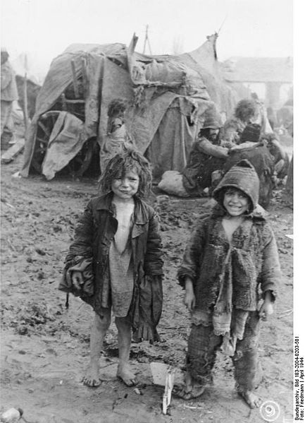 Roma children Friedmann, Tiraspol [Soviet Union] 6.4.1944