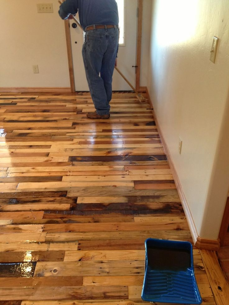 dyi projects wood palets | DIY Pallet Wood Flooring