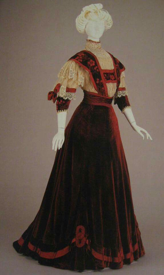 A favorite among costumers... 1906-07 red velvet, net and lace afternoon dress from Cincinnati Art Museum. #sharinghistorical Shared for our 30 Day challenge