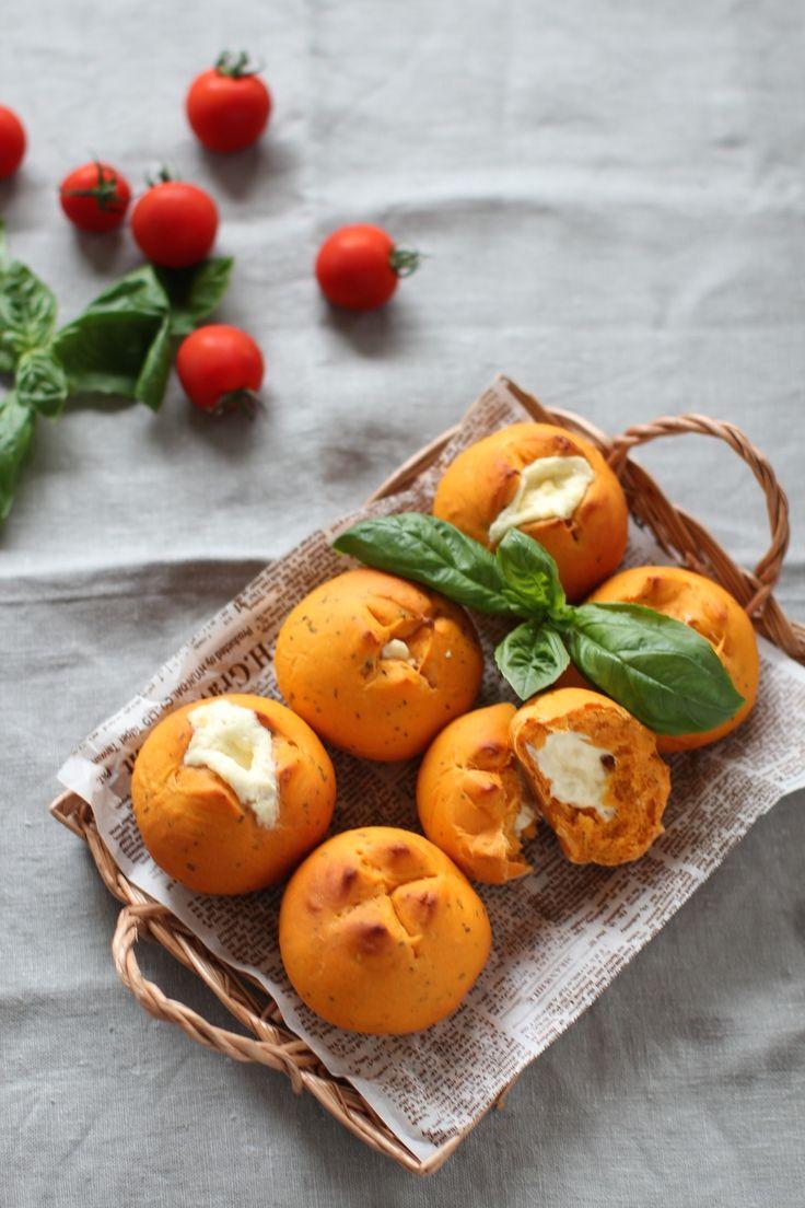 トマトとバジルのパン by 田口恵美   レシピサイト「Nadia   ナディア」プロの料理を無料で検索