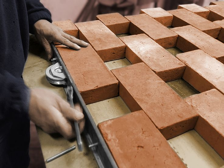 Gallery of Experimental Brick Pavilion / Estudio Botteri-Connell - Brick Sliding Door Detail