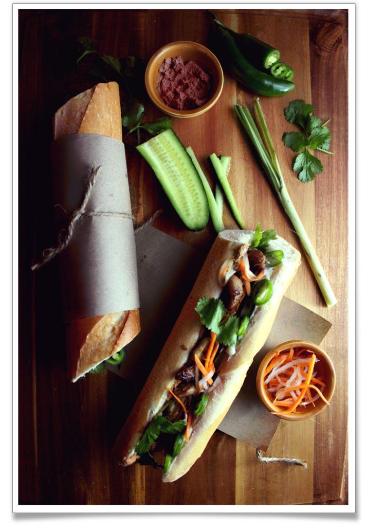 Bánh Mì Thịt Nướng / Vietnmanese Lemongrass Pork Sandwich Recipe (The Noshing Wife)
