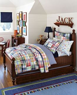 Sophisticatedly Green Mom: Pottery Barn Kids Quilt Under $100!