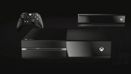 """Microsoft presenta Xbox One, la nueva consola de video juegos de la empresa enfocándose en el concepto de """"Todos en uno"""", con navegación por voz, nuevo interfaz, nuevo Kinect, nuevo diseño, más poder y con integración de Skype. http://gabatek.com/2013/05/21/tecnologia/xbox-one-nueva-consola-microsoft-presentado-juegos-tv-musica-mas/"""