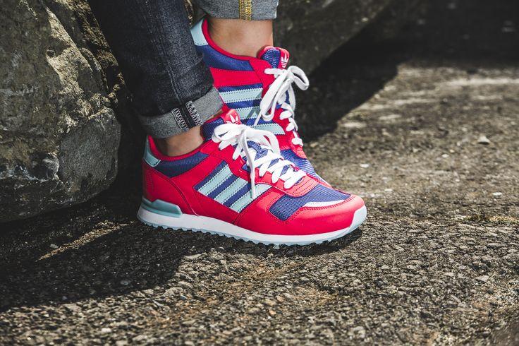 Keine Lust mehr auf Schwarz und Weiß? Dann sind diese  Adidas Originals genau das Richtige für dich!