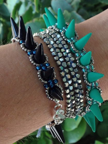 How to make thes spike bracelet. #Seed #Bead #Tutorials