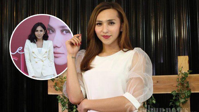 Lagi! Dena Rachman Kena Sindiran Gegara Pakai Celana Ketat, Netizen: