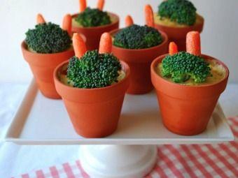 Fun way to serve veg and dip!