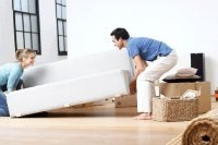 De-cluttering your home on an everyday basis can make it so much more comfortable and livable.