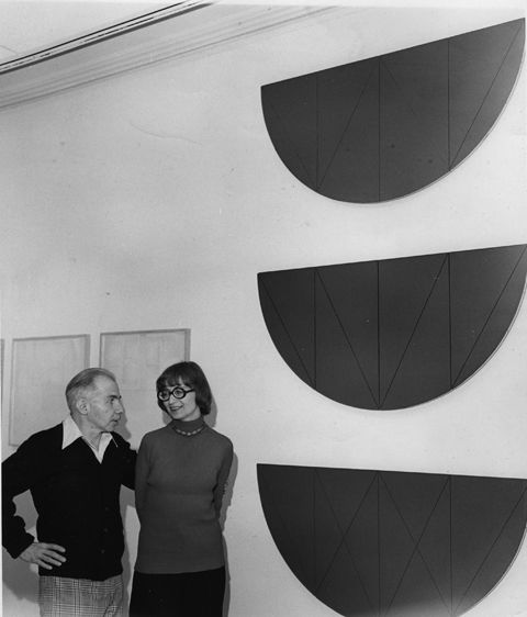 Herbert and Dorothy Vogel with a work by Robert Mangold at the University of Michigan in 1978