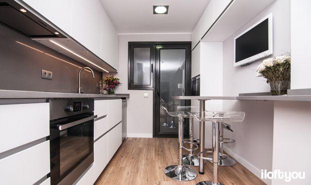 #cocinasantcugat #iloftyou #interiordesign #ikea #barcelona #lowcost #kitchen #silestone #ikeakitchen #maisonsdumonde