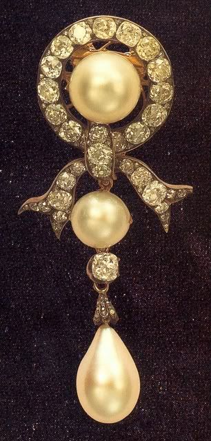 A diamond and pearl brook belonging to the Dowager Empress Maria Feodorovna of Russia.