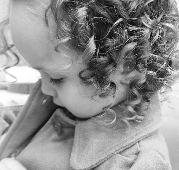 How to tame curly toddler hair - without tears! From FunCheapOrFree.com
