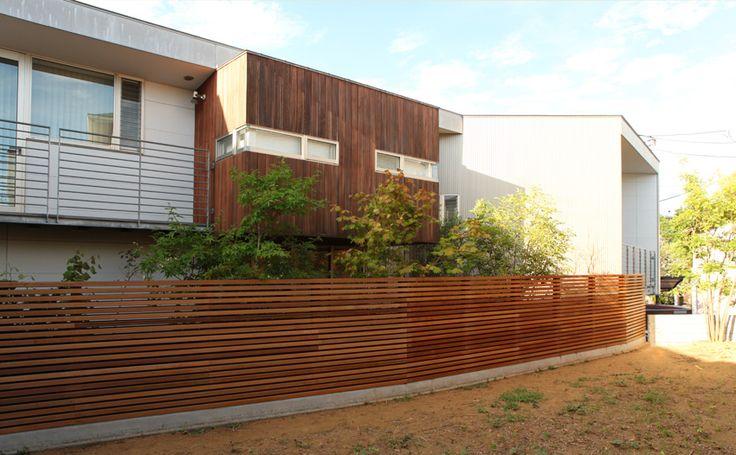 ルーバーフェンス完成。 : ブログ式建築&緩い日々