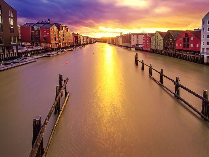 Bryggen, Nidelva Trondheim by Aziz Nasuti on 500px