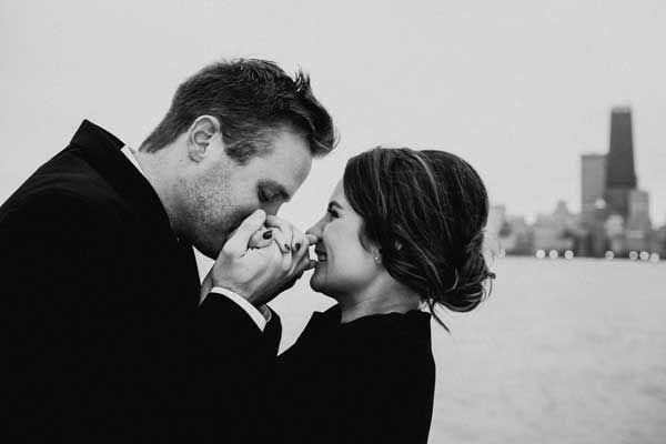 100 Engagement Photo Ideas | Wedding Paper Divas