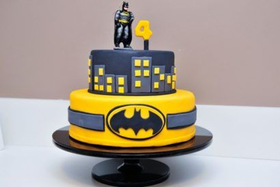 bolo do batman para aniversário fácil de fazer e decorar                                                                                                                                                      Mais