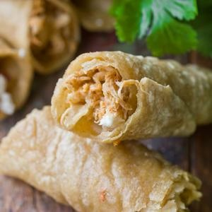 Mmm... Recipe: Spicy Chicken Flautas with Lime Sour Cream