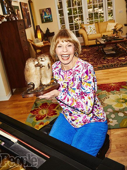 meet tennille singles Meet the sobs earl  tanya's reign includes 23 top 40 albums and a string of 56 top 40 singles,  captain & tennille,.