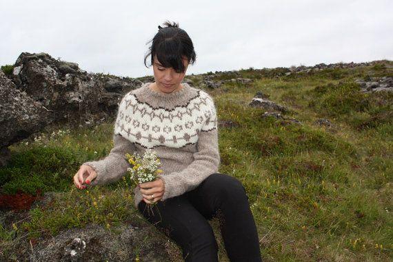Icelandic wool sweater Mt. Herdubreid. Free shipping!