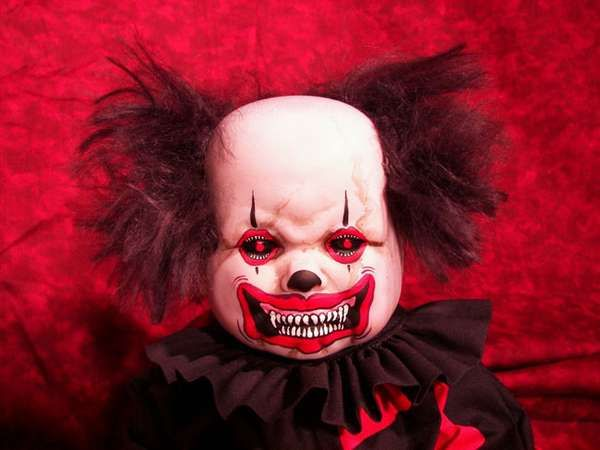 creepy clown pictures | xevil-clown-dolls-more-proof-all-clowns-are-evil.jpeg.pagespeed.ic ...