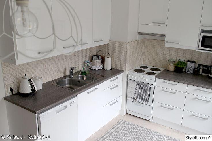 moderni,keittiö,valkoinen keittiö,dc-fix,budjetti