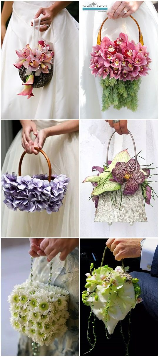 For brides who like to be different, they can choose this bag bouquets.