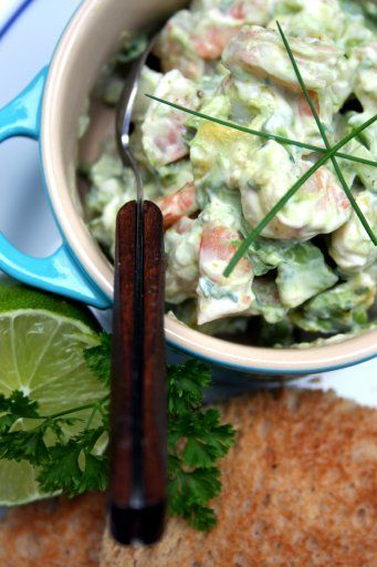The Culinary Tribune › Curried Shrimp Avocado Salad Sandwich<br>海老とアボカドのカレー風味サラダサンドイッチ