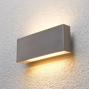Edelstahl-Außenwandleuchte Safira mit LED