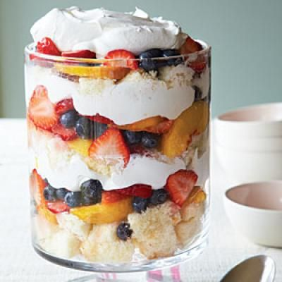 Lighter american desserts fruit trifle american for American cuisine desserts