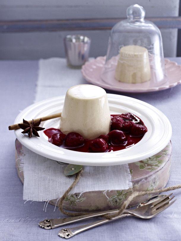 Unser beliebtes Rezept für Lebkuchen-Panna Cotta mit heißen Himbeeren und mehr als 55.000 weitere kostenlose Rezepte auf LECKER.de.