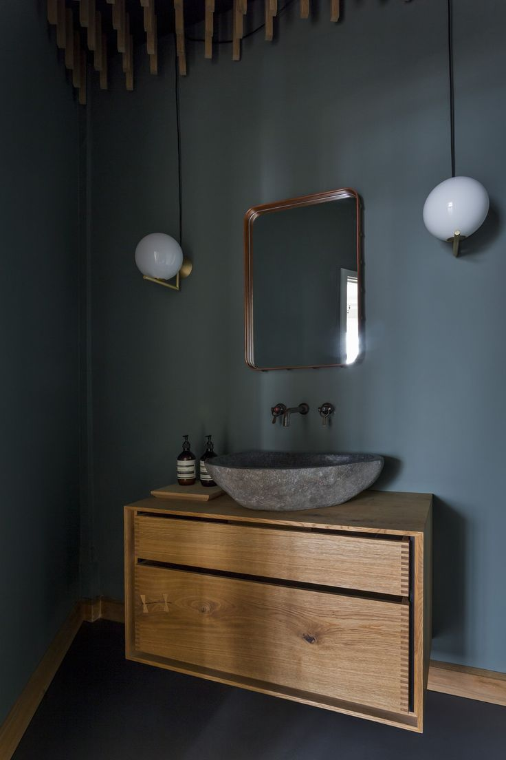 Made-to-measure bathroom furniture 'Model Dinesen' in HeartOak   The cabinet and drawers of the bathroom furniture is made from solid Dinesen HeartOak-planks, and can be made to fit your measurements. This bathroom furniture is made-to-measure, and with wood type, sink size and taps of your own desire – so it will fit your room and wishes perfectly. Project price …