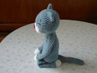 Amineko crocheted cat softie by Nekoyama--instructions in Japanese with link to a page in English with diagrams